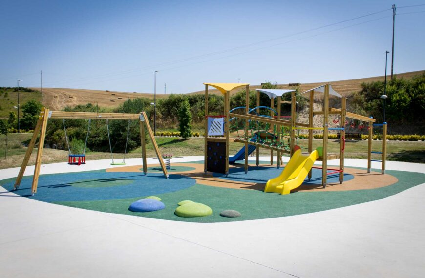 Parque Infantil<br>Salinas 2018