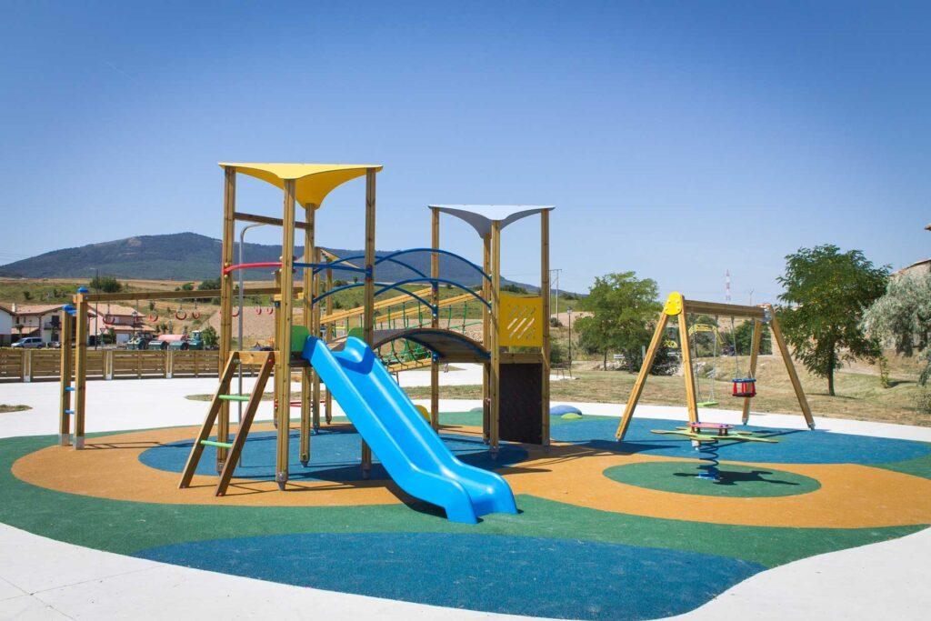 Conjunto valencia sumalim dise o fabricaci n e instalaci n de equipamiento para reas - Mobiliario infantil valencia ...