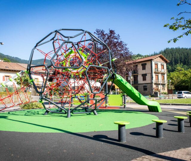 Sumalim-Playgrounds-Parques-Infantiles-Arrasate-2020-3