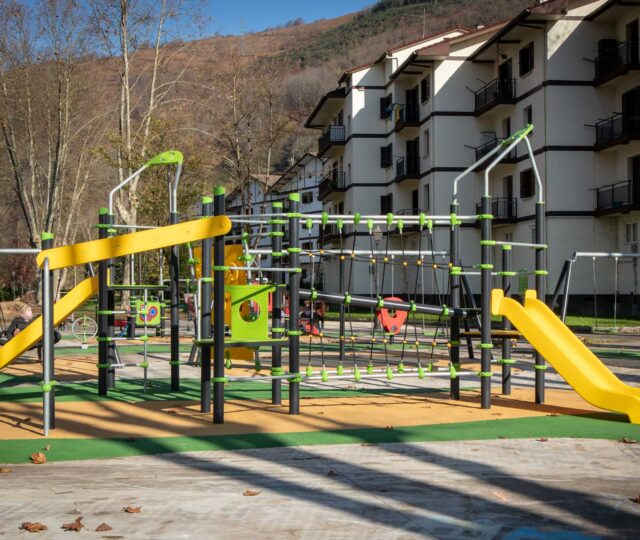 Sumalim-Playgrounds-Parques-Infantiles-Santesteban-2020-1