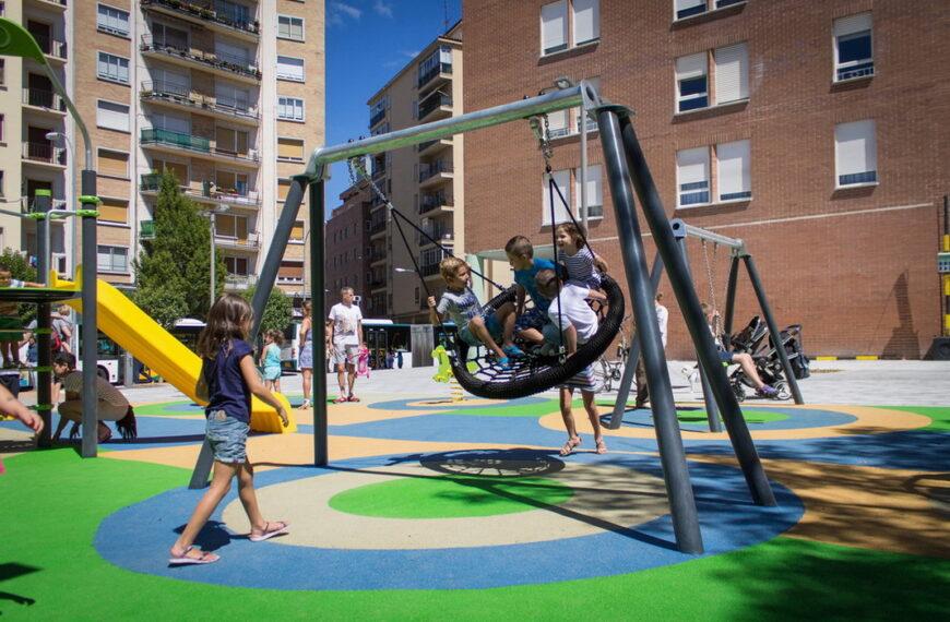 Parque Infantil <br>Burlada (Pamplona) 2015