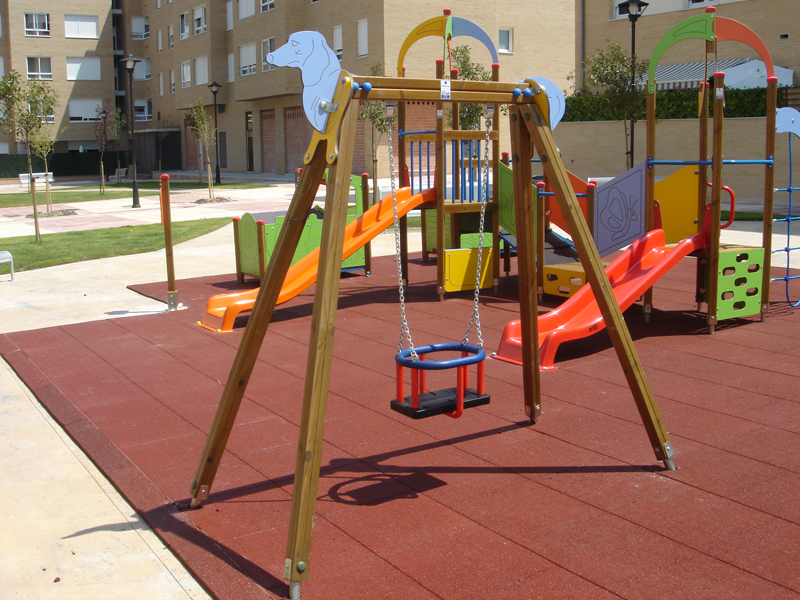 Columpio uno seguridad sumalim dise o fabricaci n e for Mobiliario urbano caracteristicas